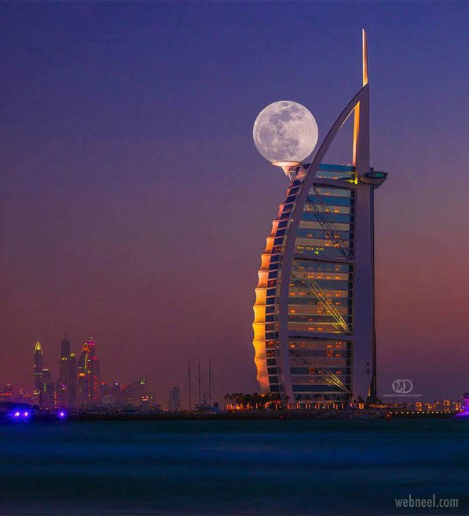 perfect time photography moon dubai