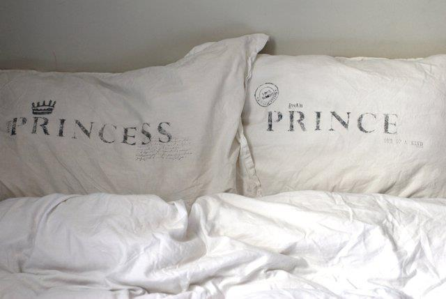 creative pillow cover