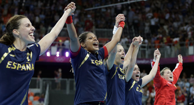 olympic-victory-celebration-gold-photography