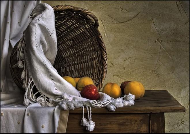 still life oil painting by ramon romero