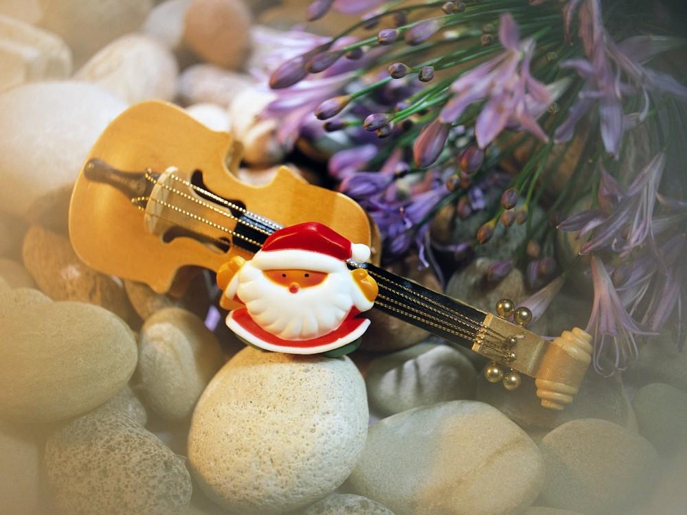 santa guitar desktop wallpaper